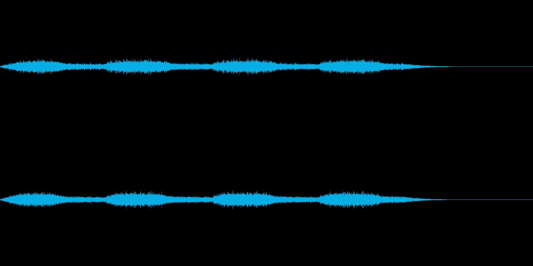 生物的な印象のあるダークサウンドの再生済みの波形