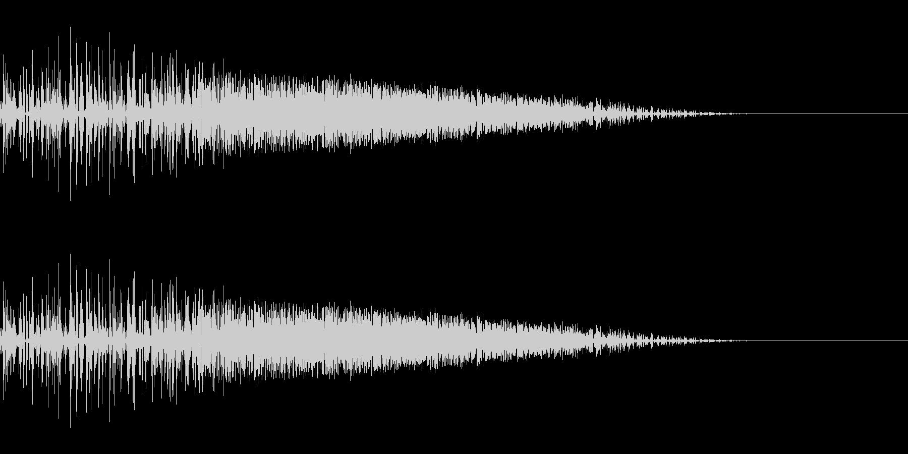 ザシュッ(斬撃/ひっかき/攻撃)の未再生の波形