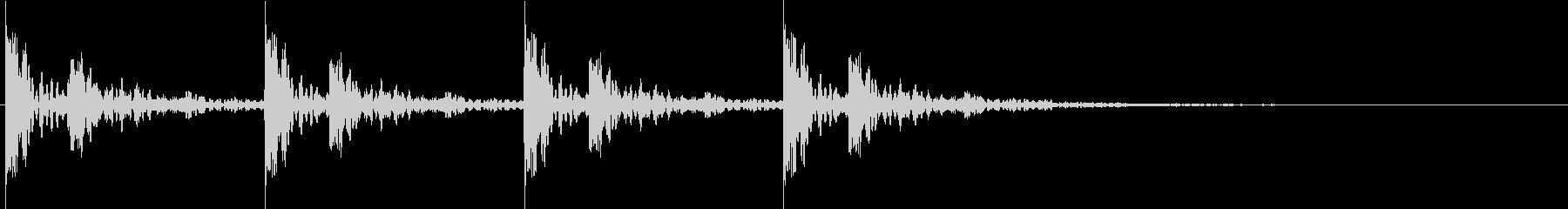 ドクーンドクーン。心臓の音D(長・残響)の未再生の波形