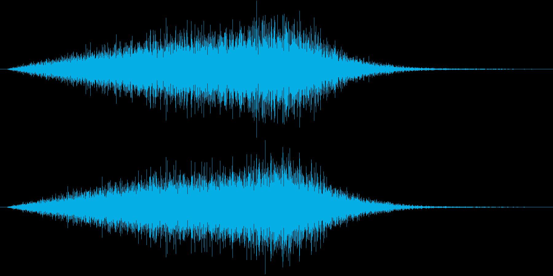 暗黒の扉が出現する音(シュオオン、転送)の再生済みの波形