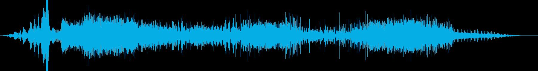 雷系の魔法のようなSEの再生済みの波形
