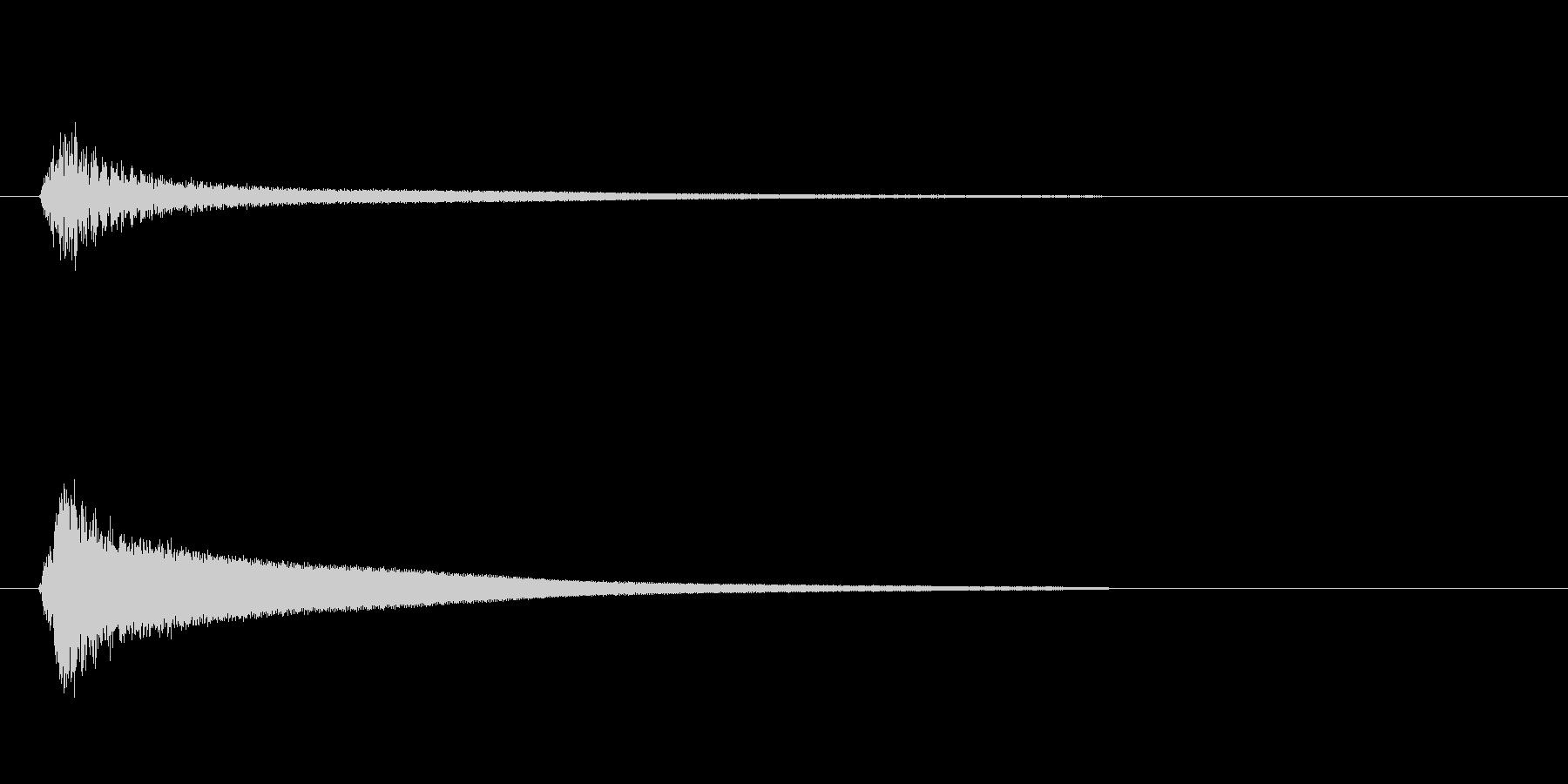 高いミの音がするベル系効果音の未再生の波形