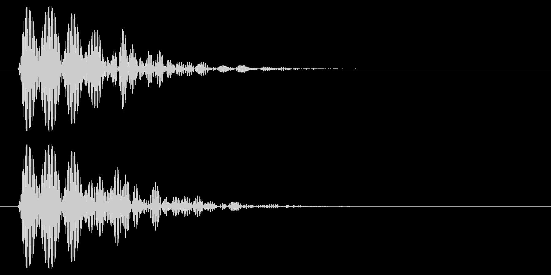 ボンッ(叩く)短めの音の未再生の波形
