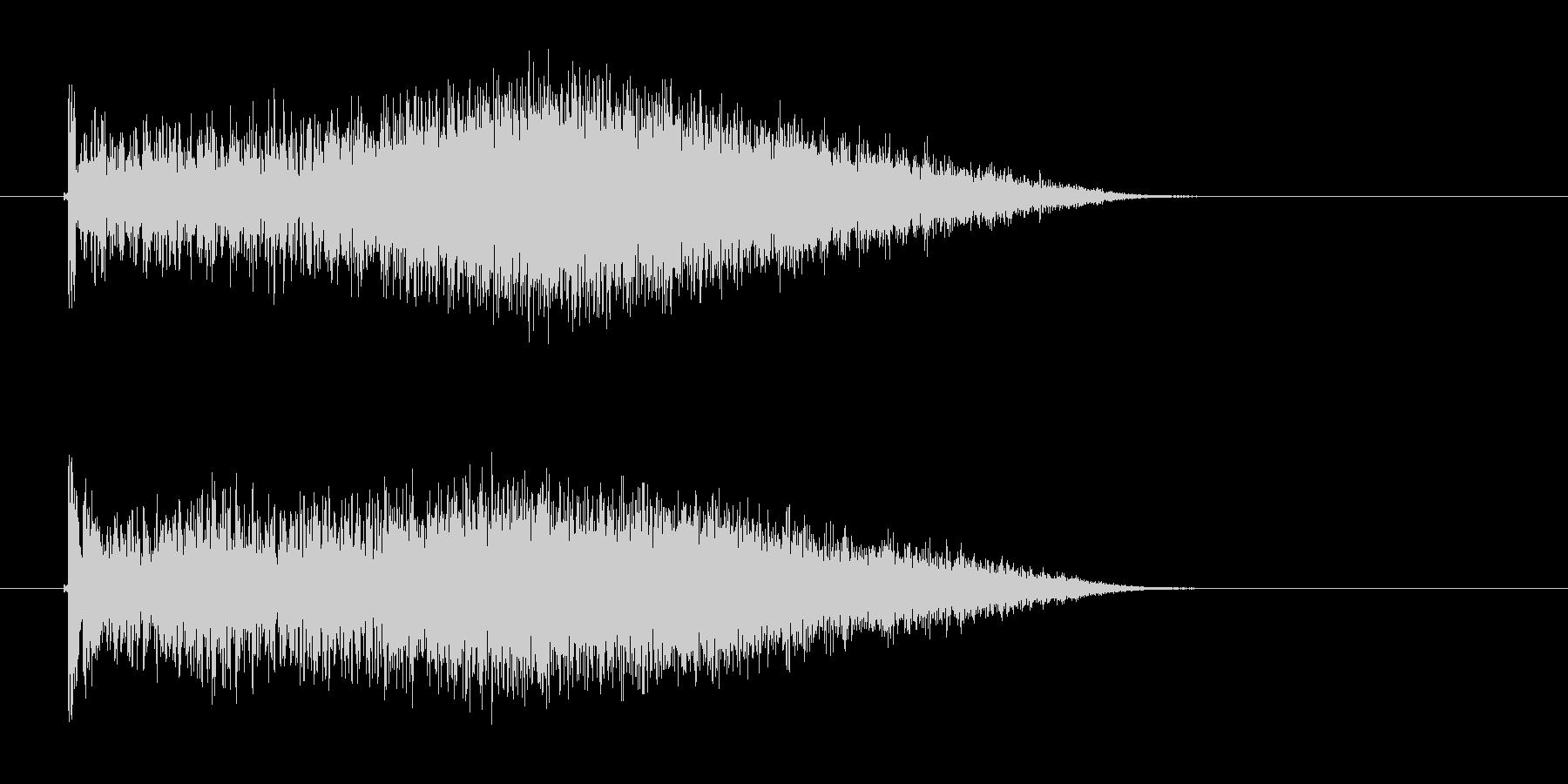 クォーー(風が吹き付けるような音)の未再生の波形