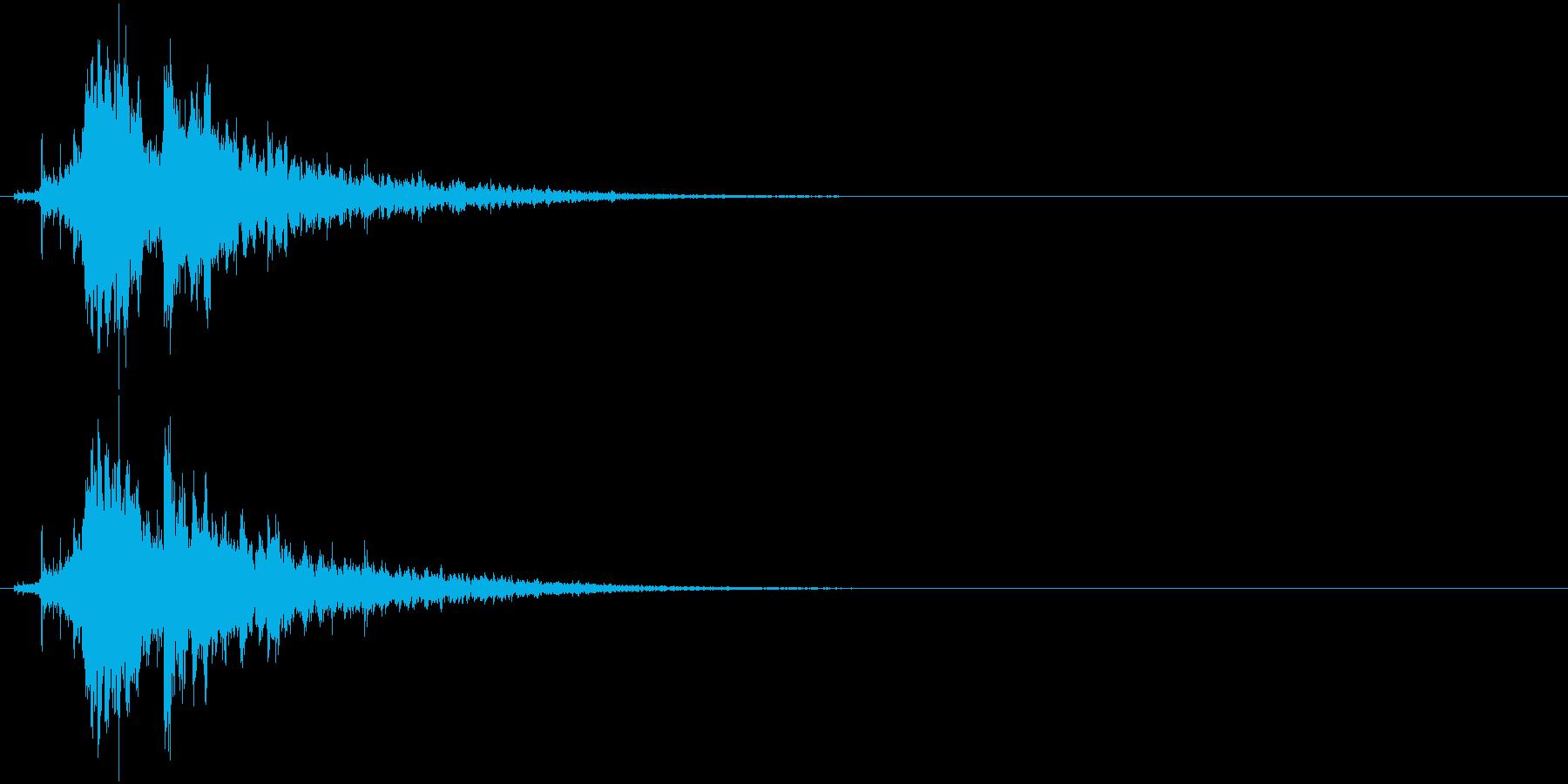 「シャラーン!」象徴的な鈴の音+リバーブの再生済みの波形