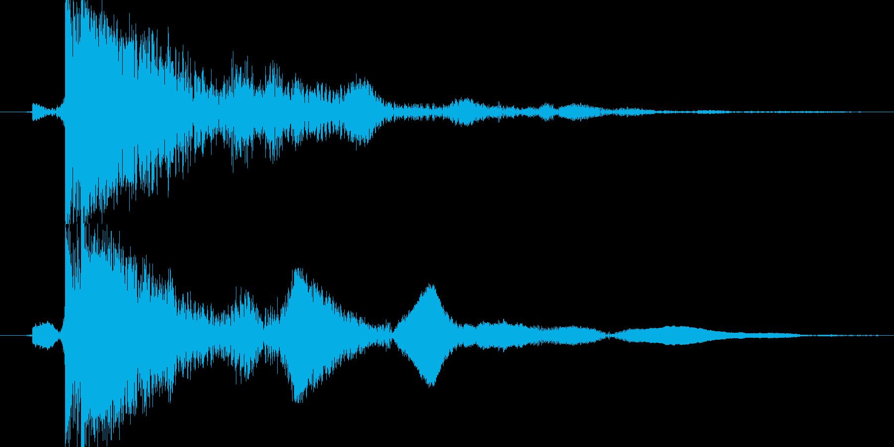 茂金属の柱をたたく(カン)の再生済みの波形