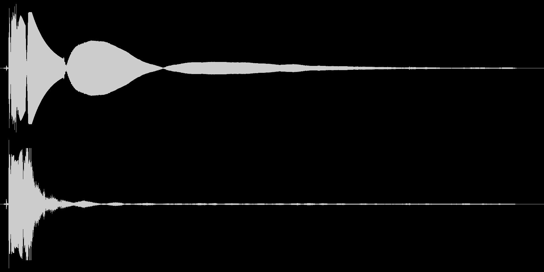 バチッというスイッチ音の未再生の波形
