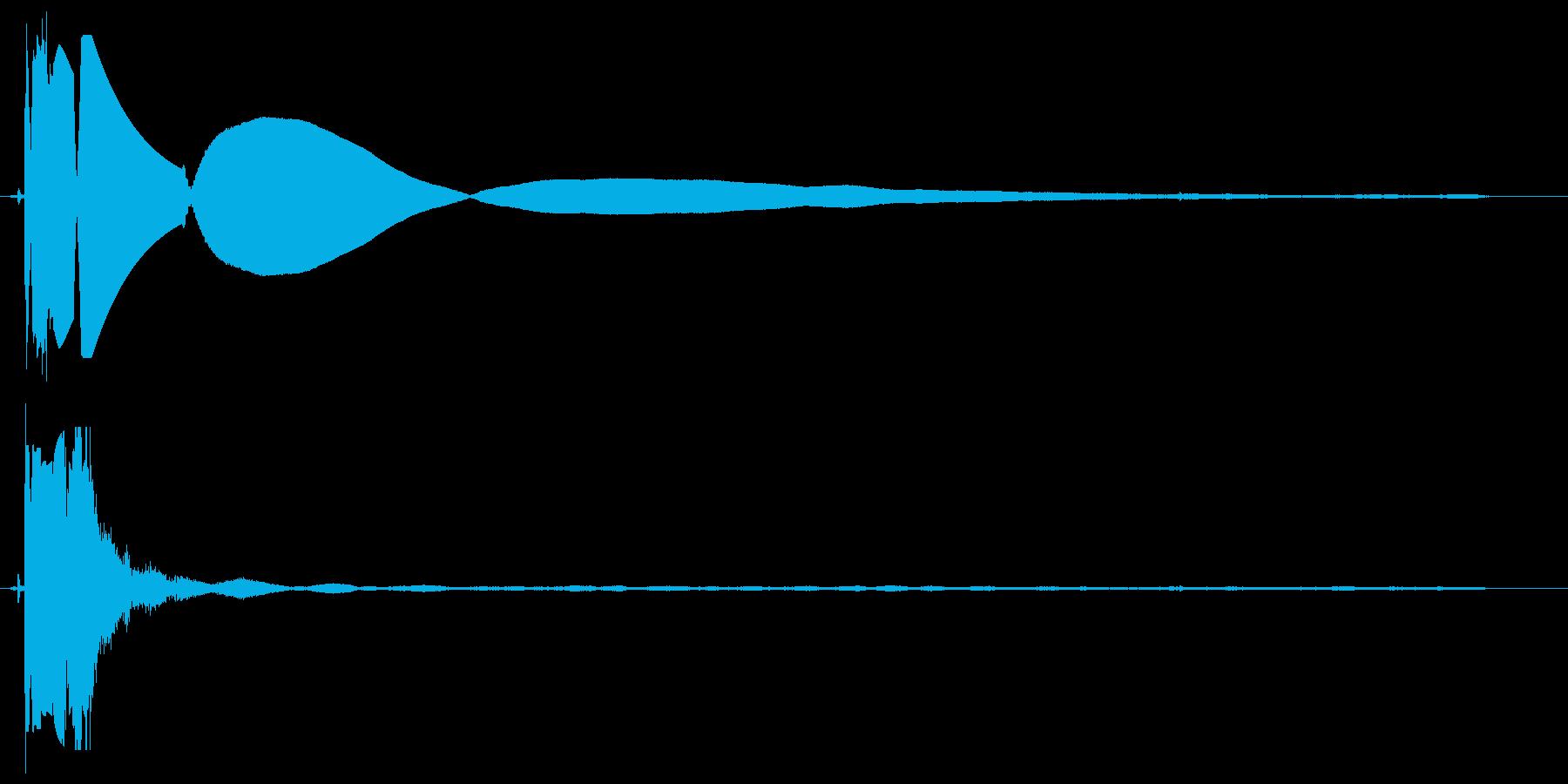 バチッというスイッチ音の再生済みの波形