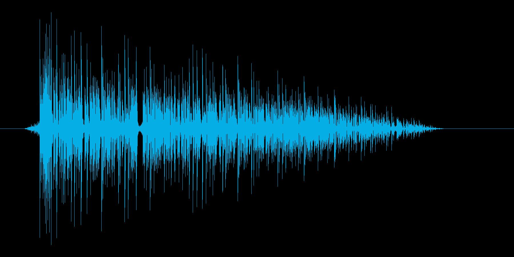 ゲーム(ファミコン風)爆発音_027の再生済みの波形