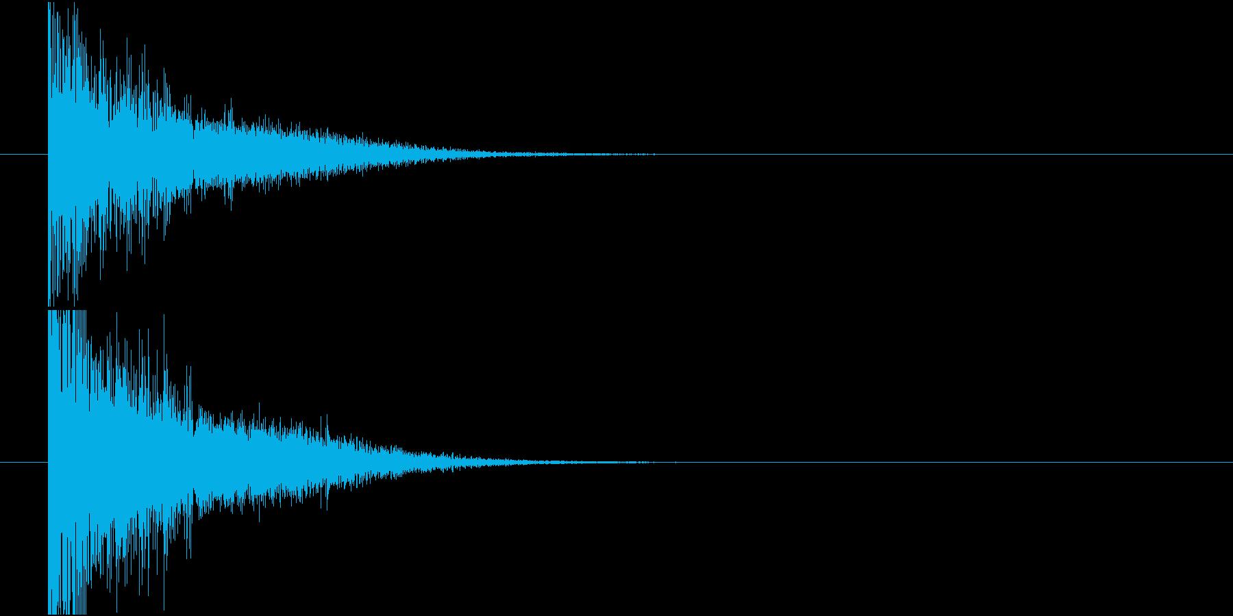 旧式の大砲発射音の再生済みの波形