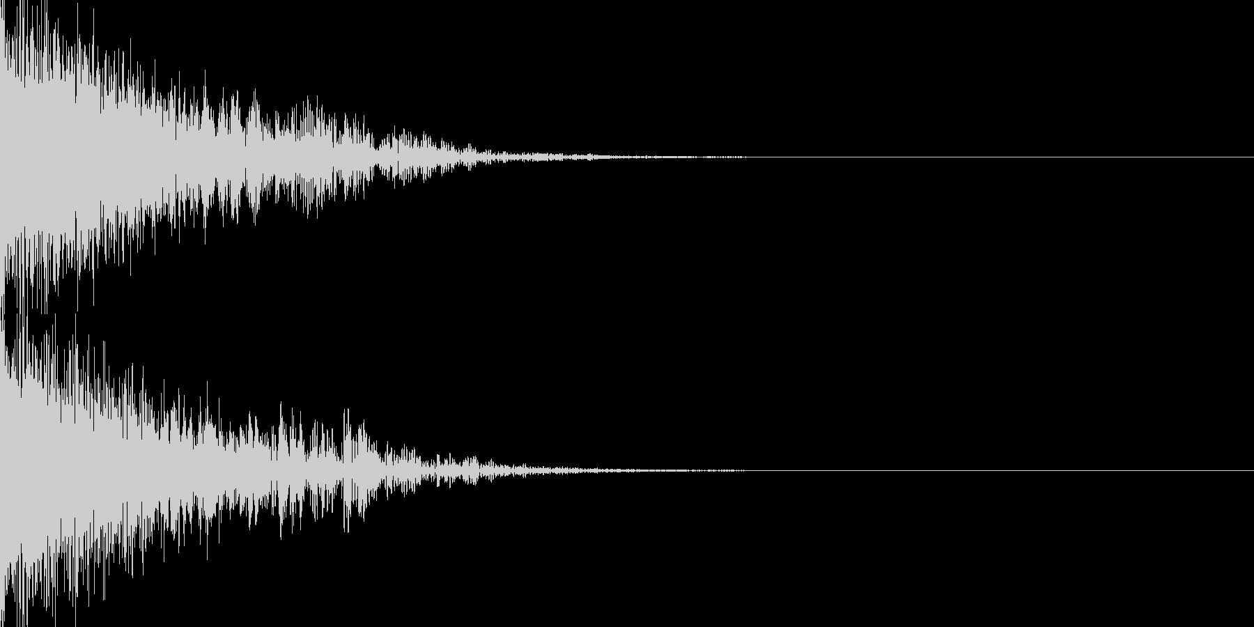 ピューン(SF調の重厚な下降音)の未再生の波形
