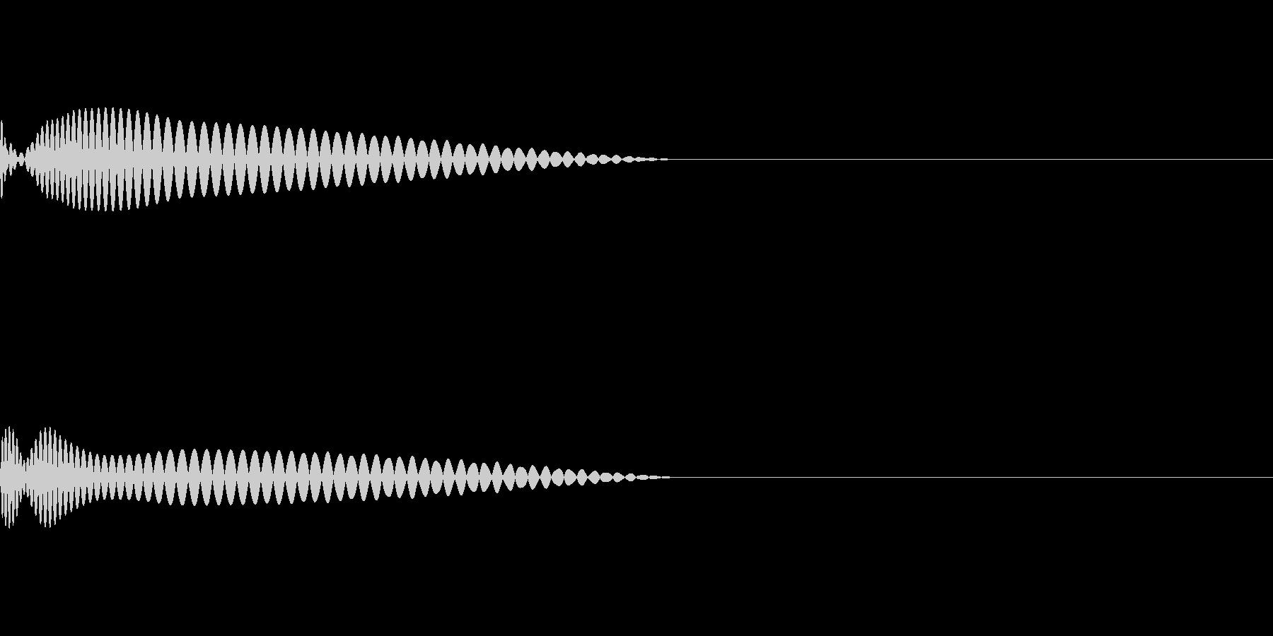 EDM向きのキック音源の未再生の波形