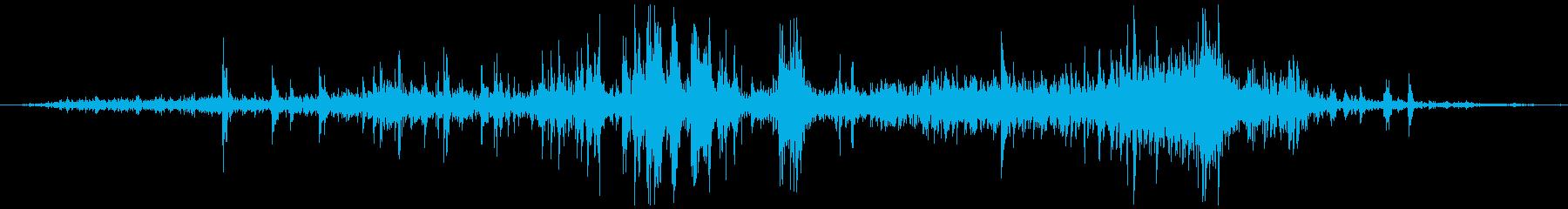 かじる、かむ  カッ+シャクッ ゲーム風の再生済みの波形