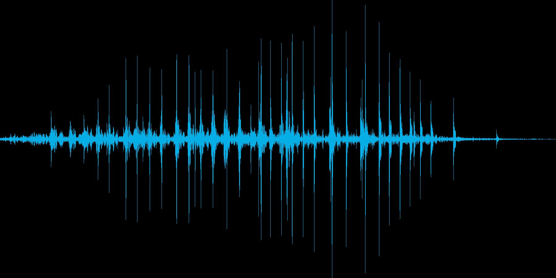 拳を握る音_ググッ_01の再生済みの波形