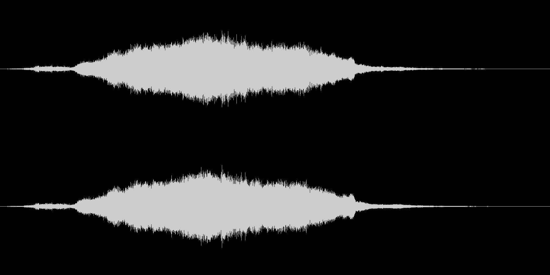 切迫感のある長い効果音の未再生の波形