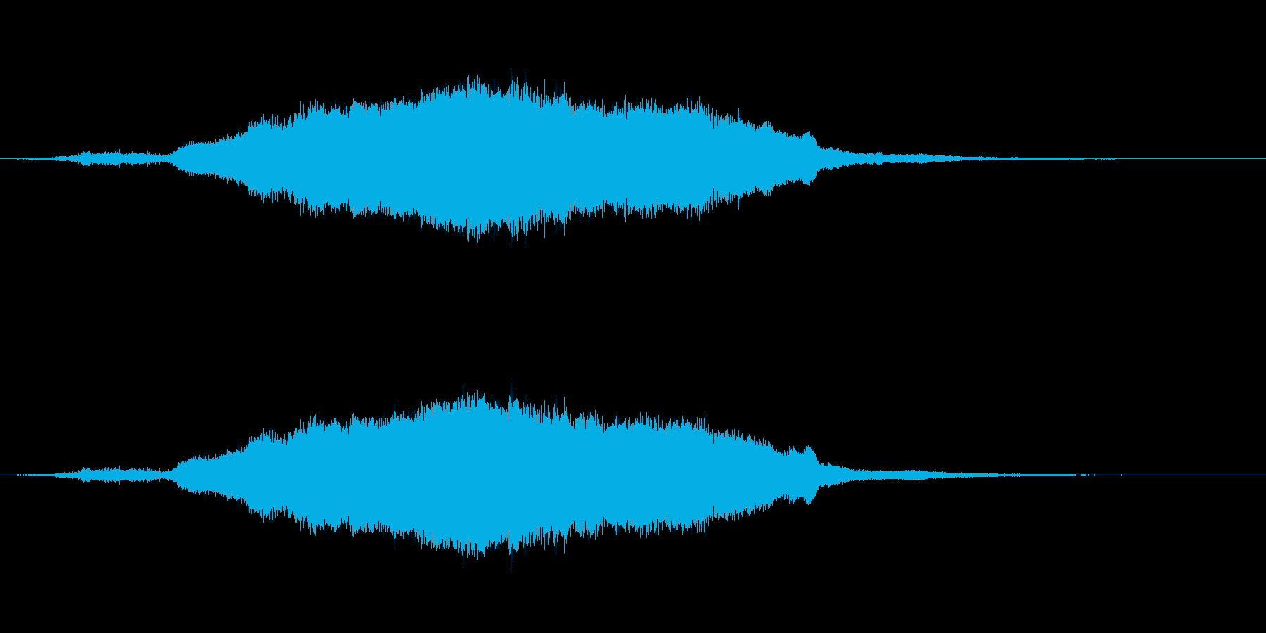 切迫感のある長い効果音の再生済みの波形