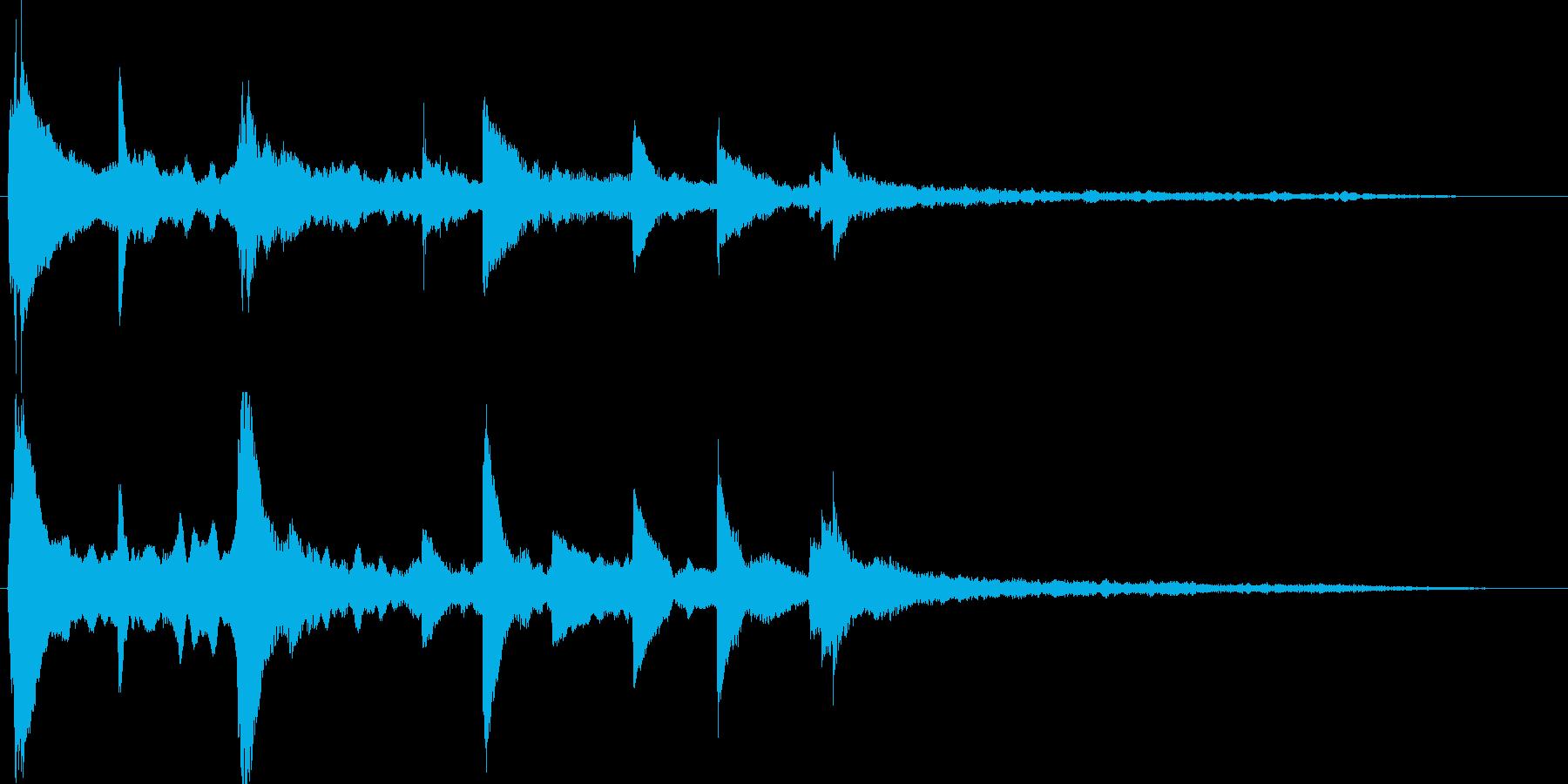 ピアノの旋律が感動的なサウンドロゴの再生済みの波形