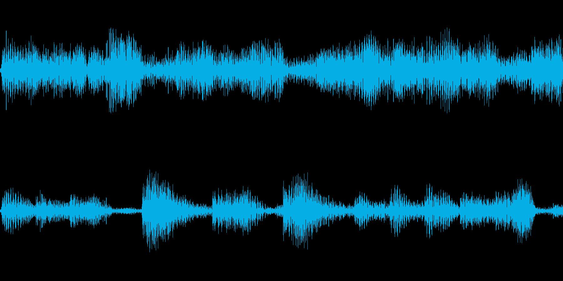 不気味なぶつぶつした音です。の再生済みの波形