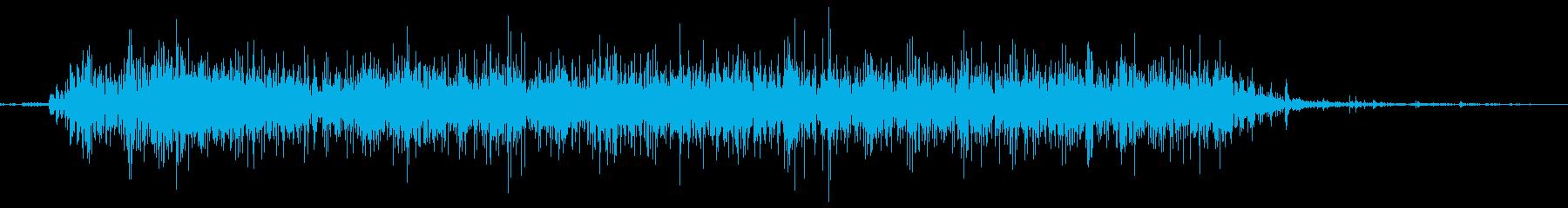 スーッ。スプレーを噴射する音の再生済みの波形