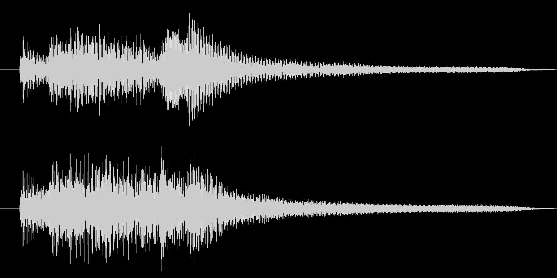ホラー系の不気味な不協和音をピアノでの未再生の波形