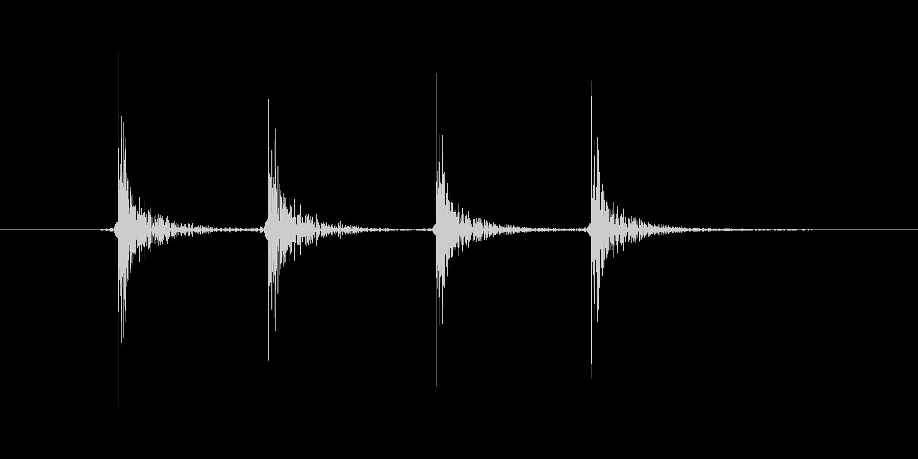 ココココン(ノック、ドアを叩く、木製)の未再生の波形