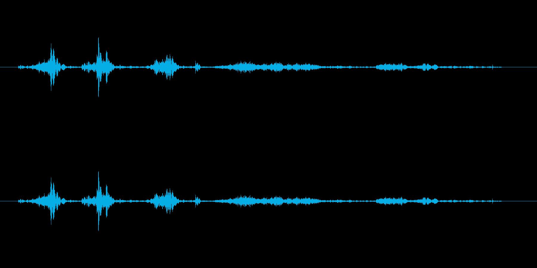 スッスッスッ・・・(徐々に開ける音の再生済みの波形