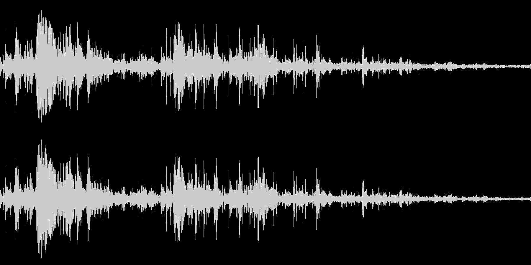 落雷(近距離テイク2)の未再生の波形