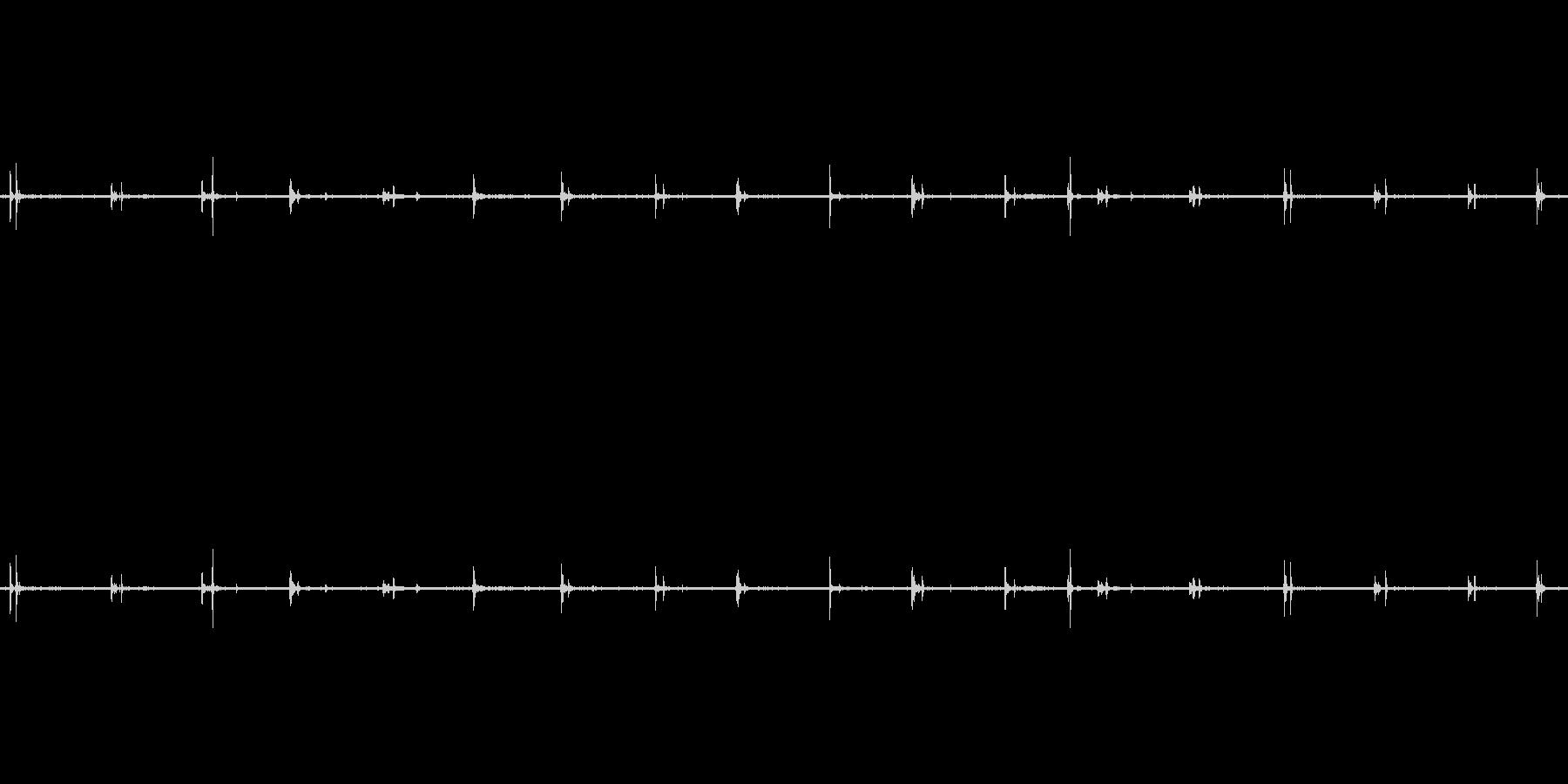 【生音】足音 - スニーカー 02の未再生の波形