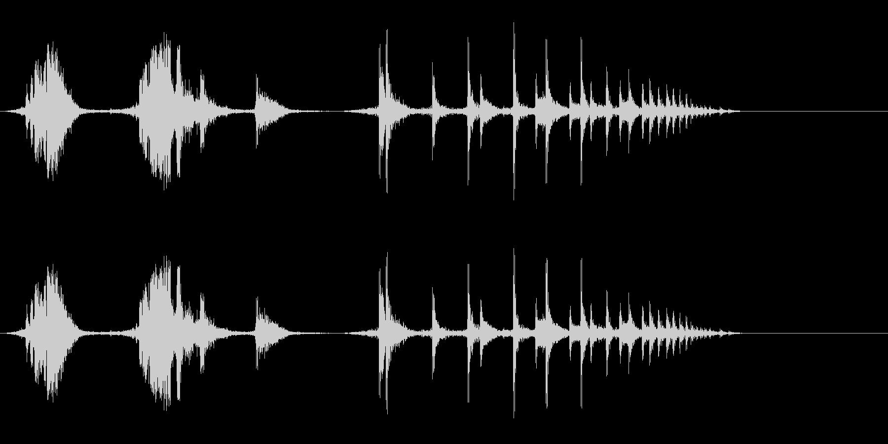 リロードしてから薬莢が落ちる音の未再生の波形