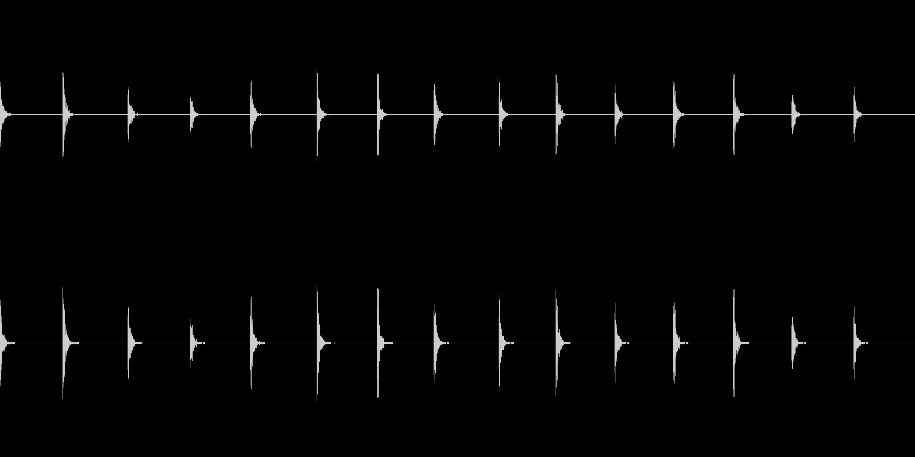 【足音01-3L】の未再生の波形