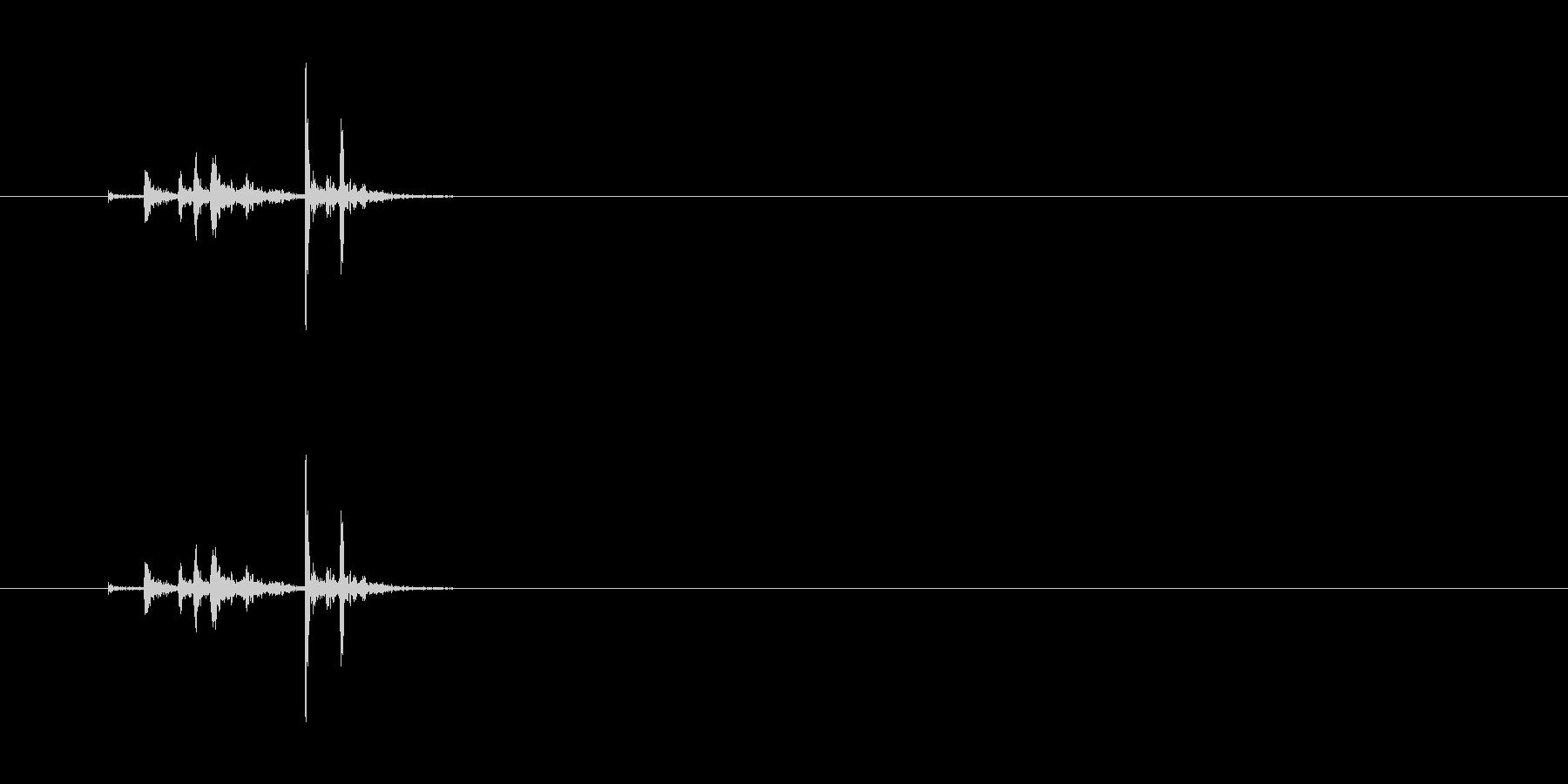 【ペン立て01-1(入れる)】の未再生の波形