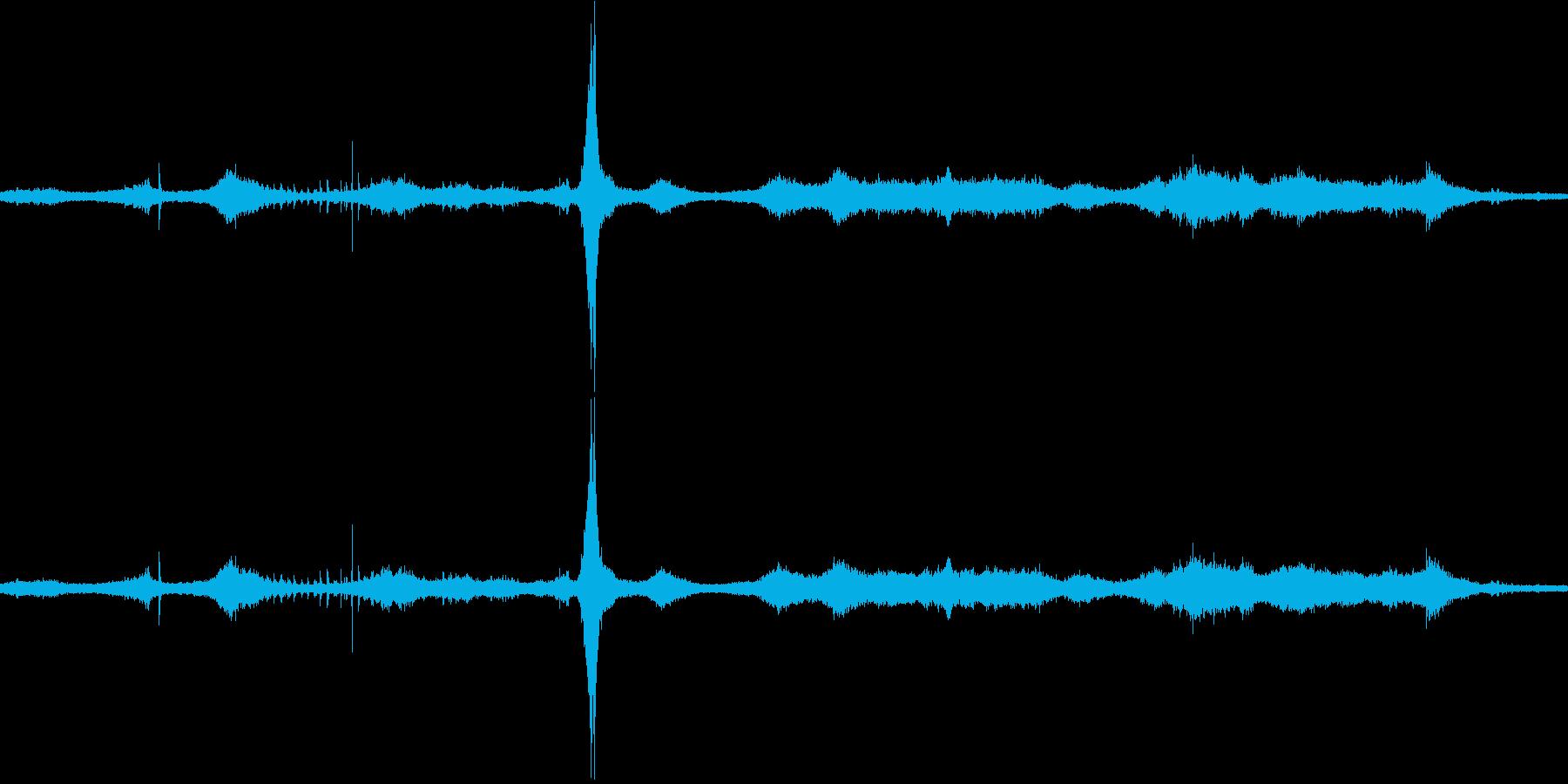 【生音】通行音 - 5 車 バイク 足…の再生済みの波形