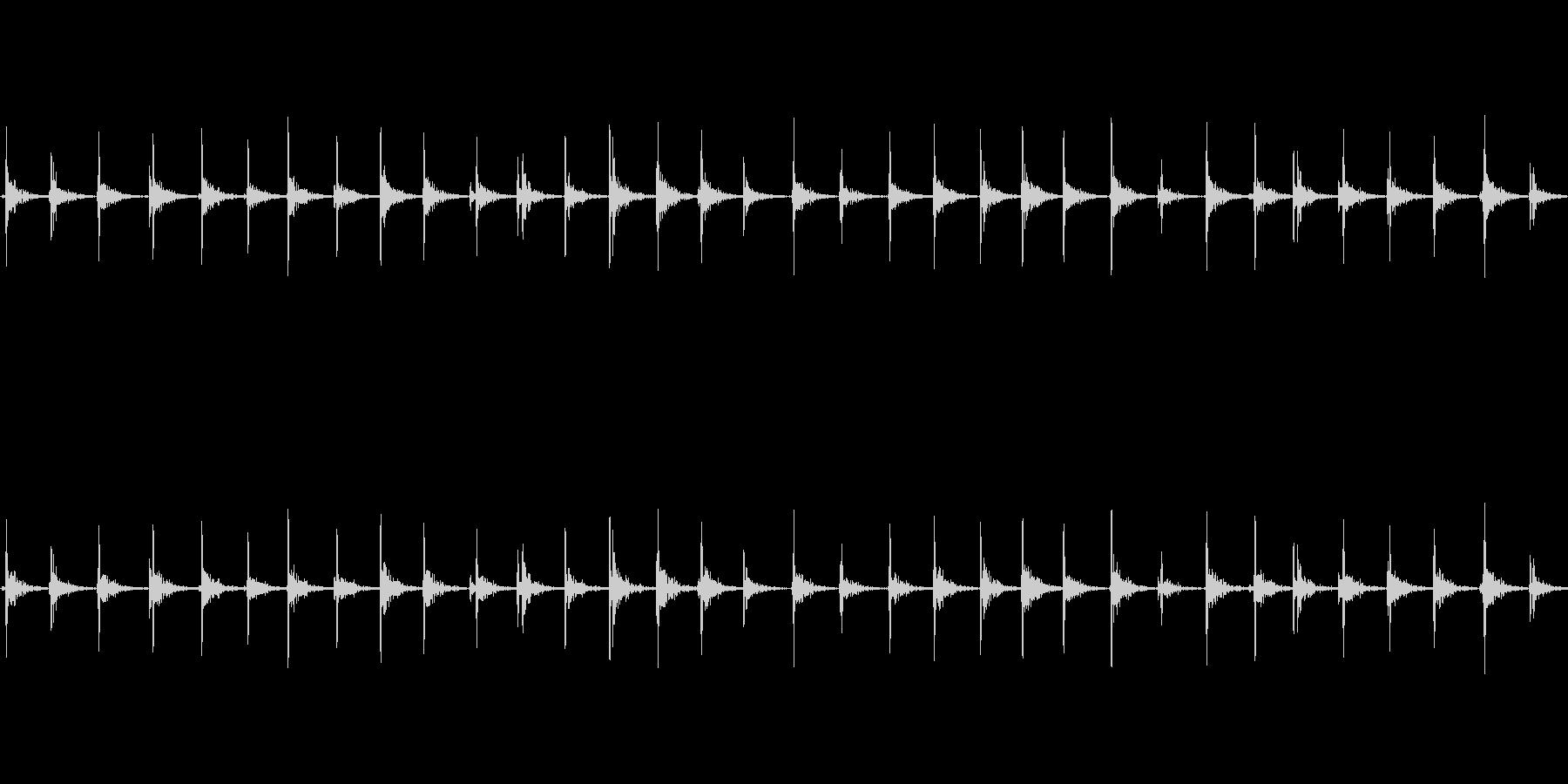 【足音02-5L】の未再生の波形