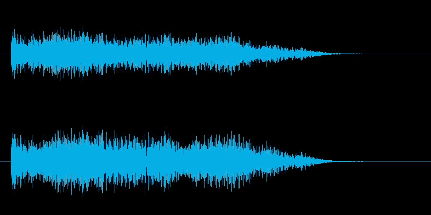 恐怖を演出する鍵盤楽器の不協和音の再生済みの波形
