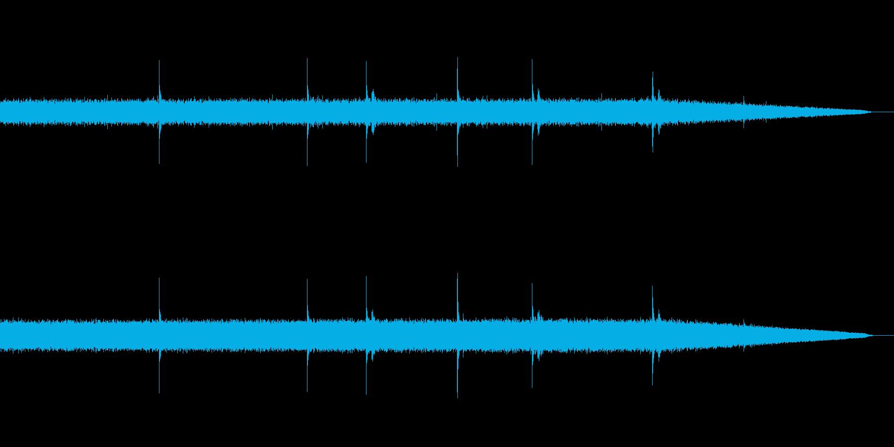 雨音&雨漏り01(ザーー ぽたぽた)の再生済みの波形
