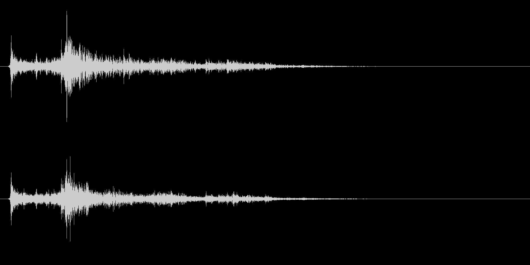 水に飛び込む音02の未再生の波形