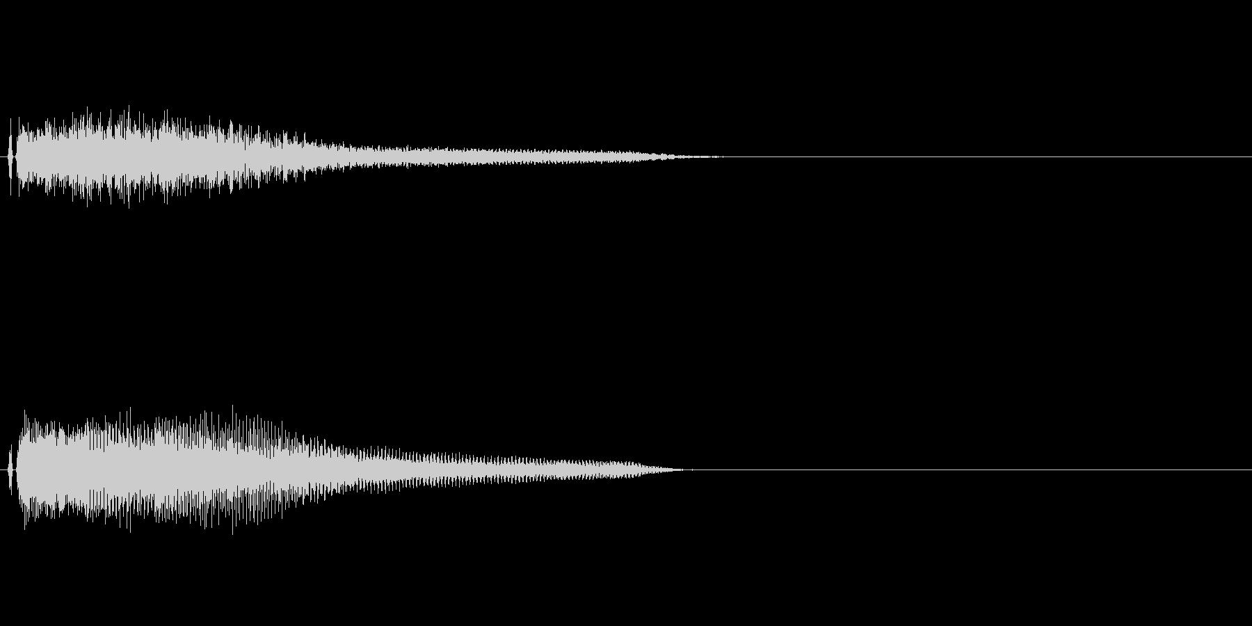 不協な感じのピアノ和音の未再生の波形