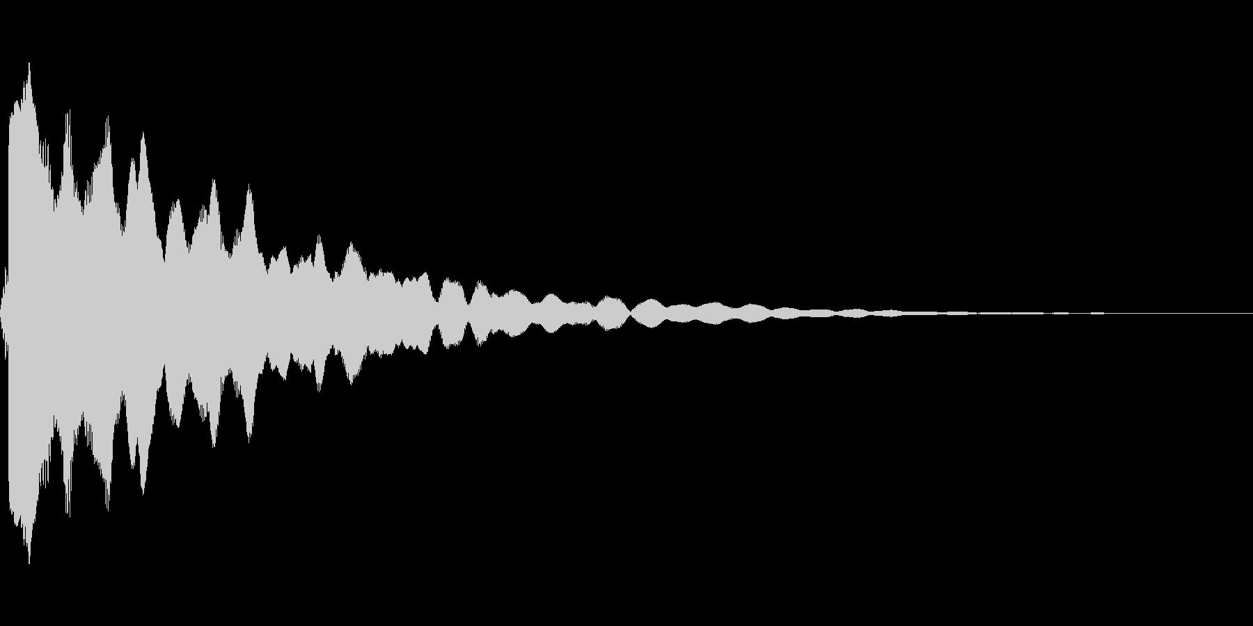 ピィィン(光などのきらめき音)の未再生の波形