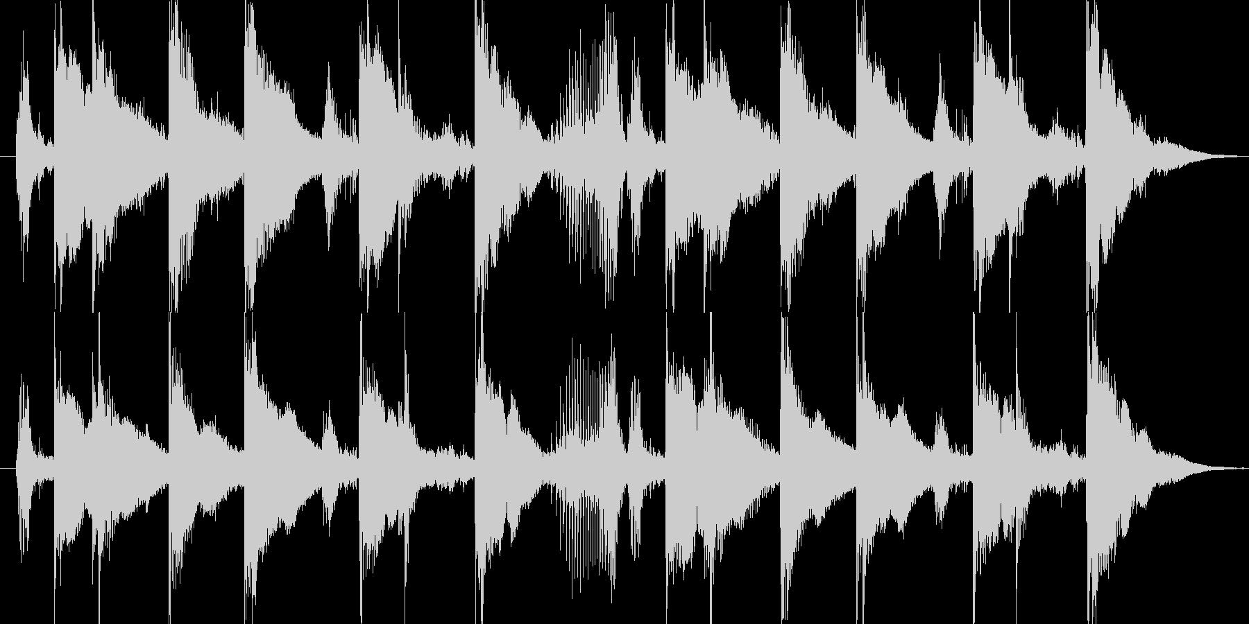 南国感のあるパーカッション主体のジングルの未再生の波形