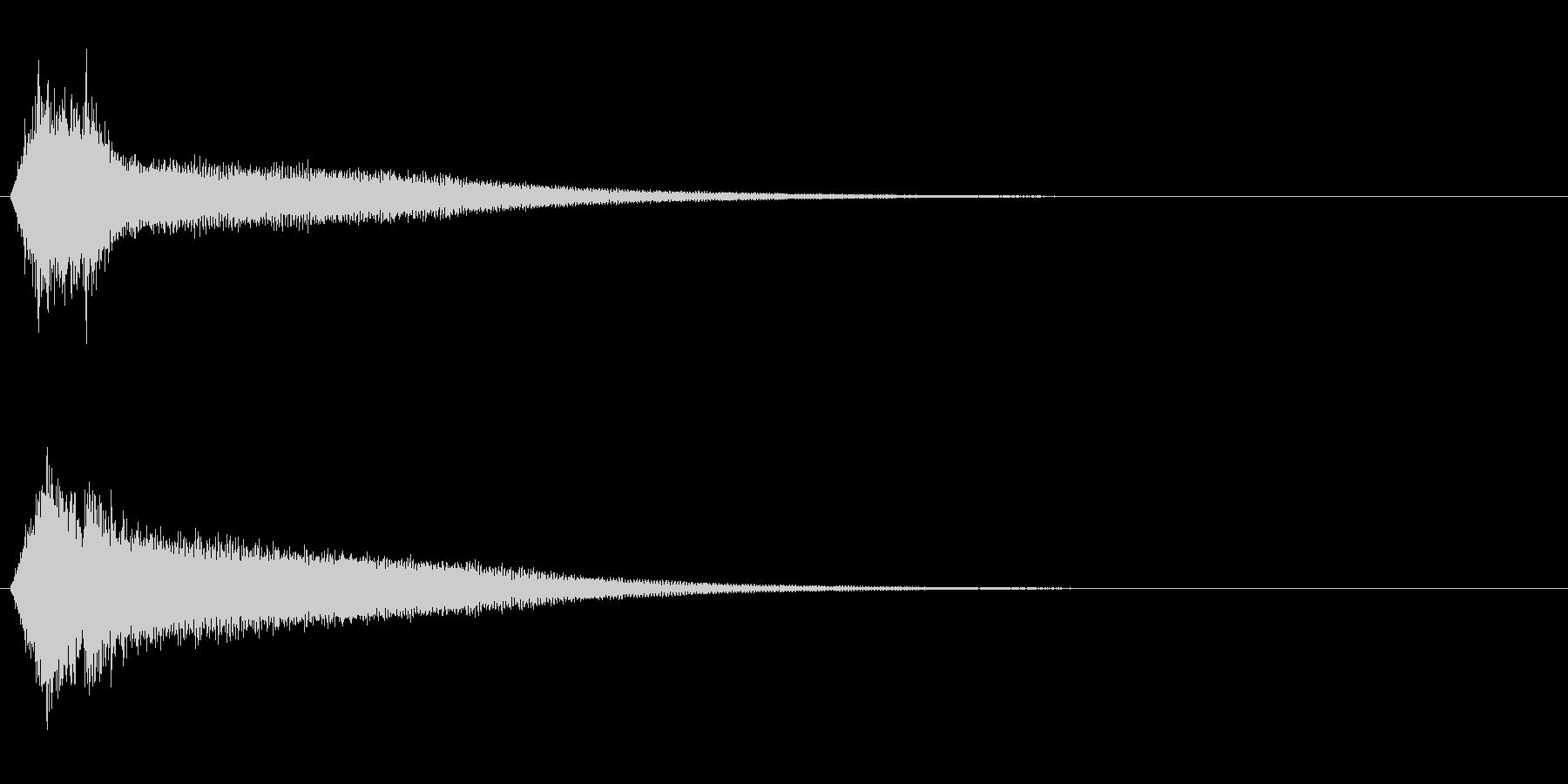 サスペンスに最適!ピアノの弦を弄ぶ音32の未再生の波形