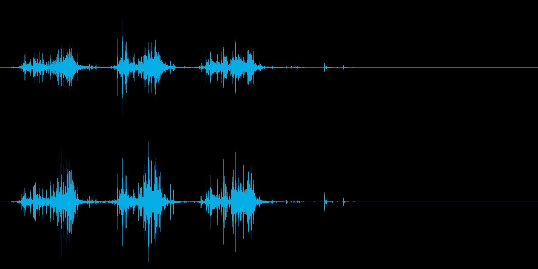 【生活音】サプリボトルふる錠剤02の再生済みの波形