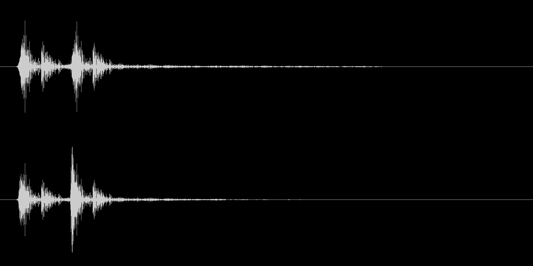 コリッ(木製の音)短めの未再生の波形