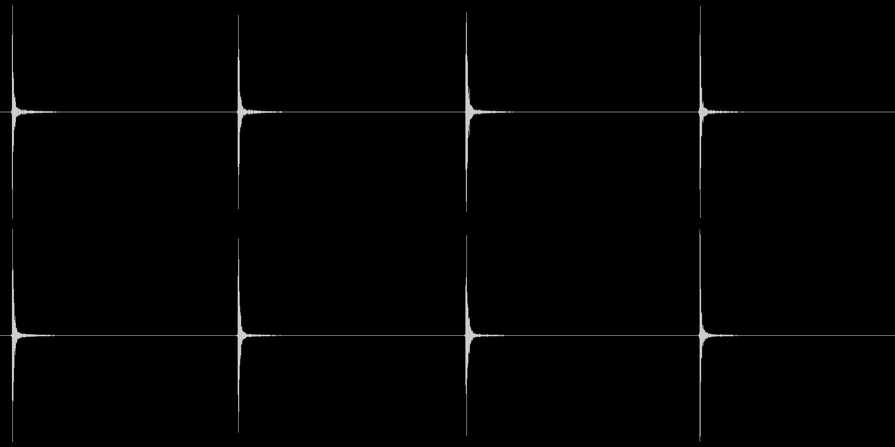 カッターの刃を伸ばす(一段ずつ)の未再生の波形