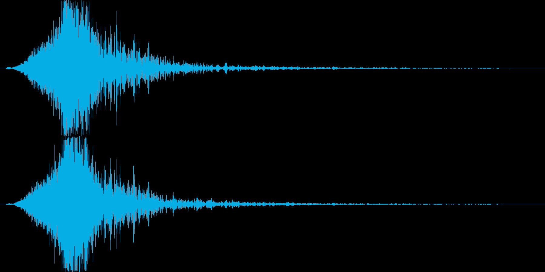 裂けるような破裂音の再生済みの波形