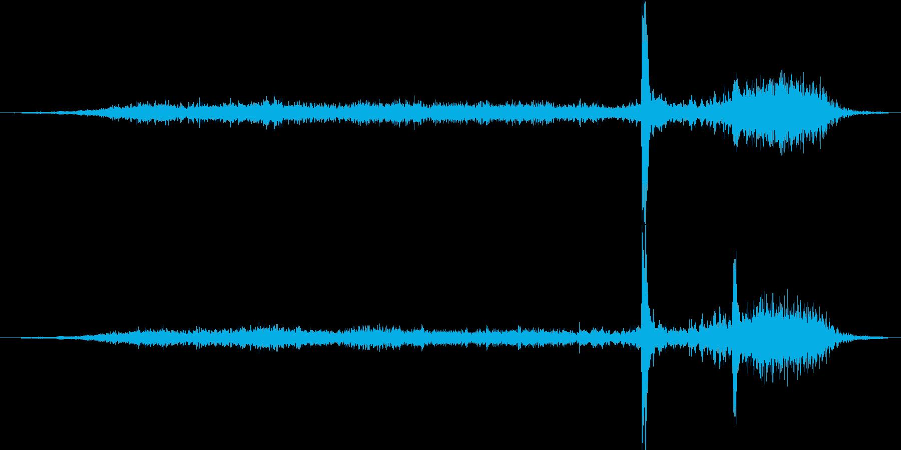 ディスクトレイが出る音の再生済みの波形