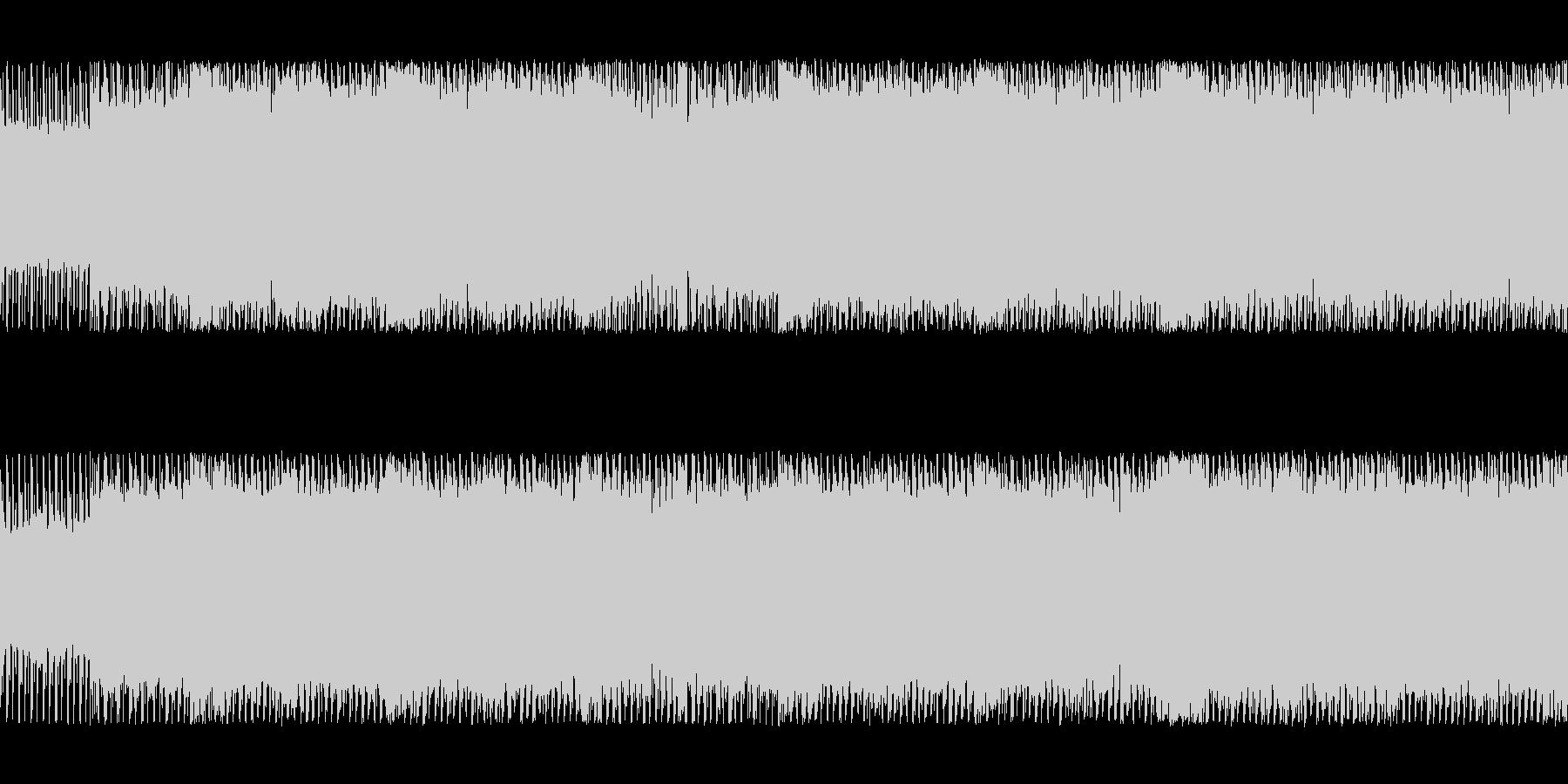 シリアスな四つ打ちチップチューンサウンドの未再生の波形
