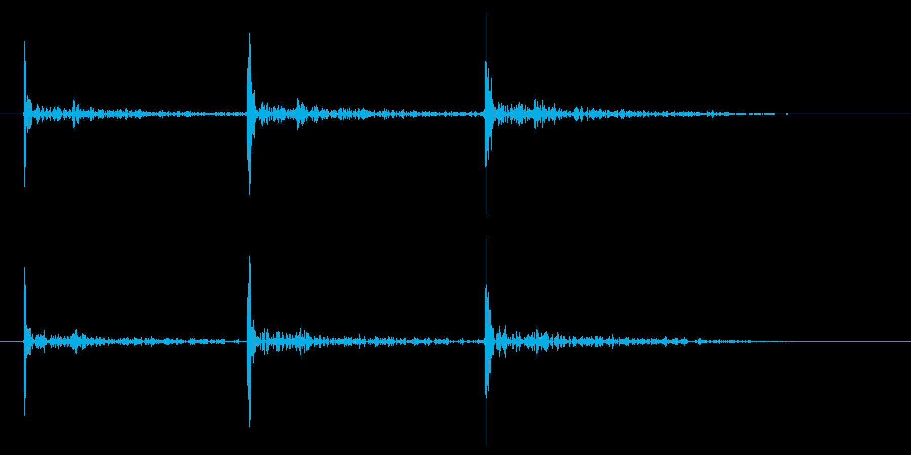 ドアノック 3回 高めのトントントンの再生済みの波形