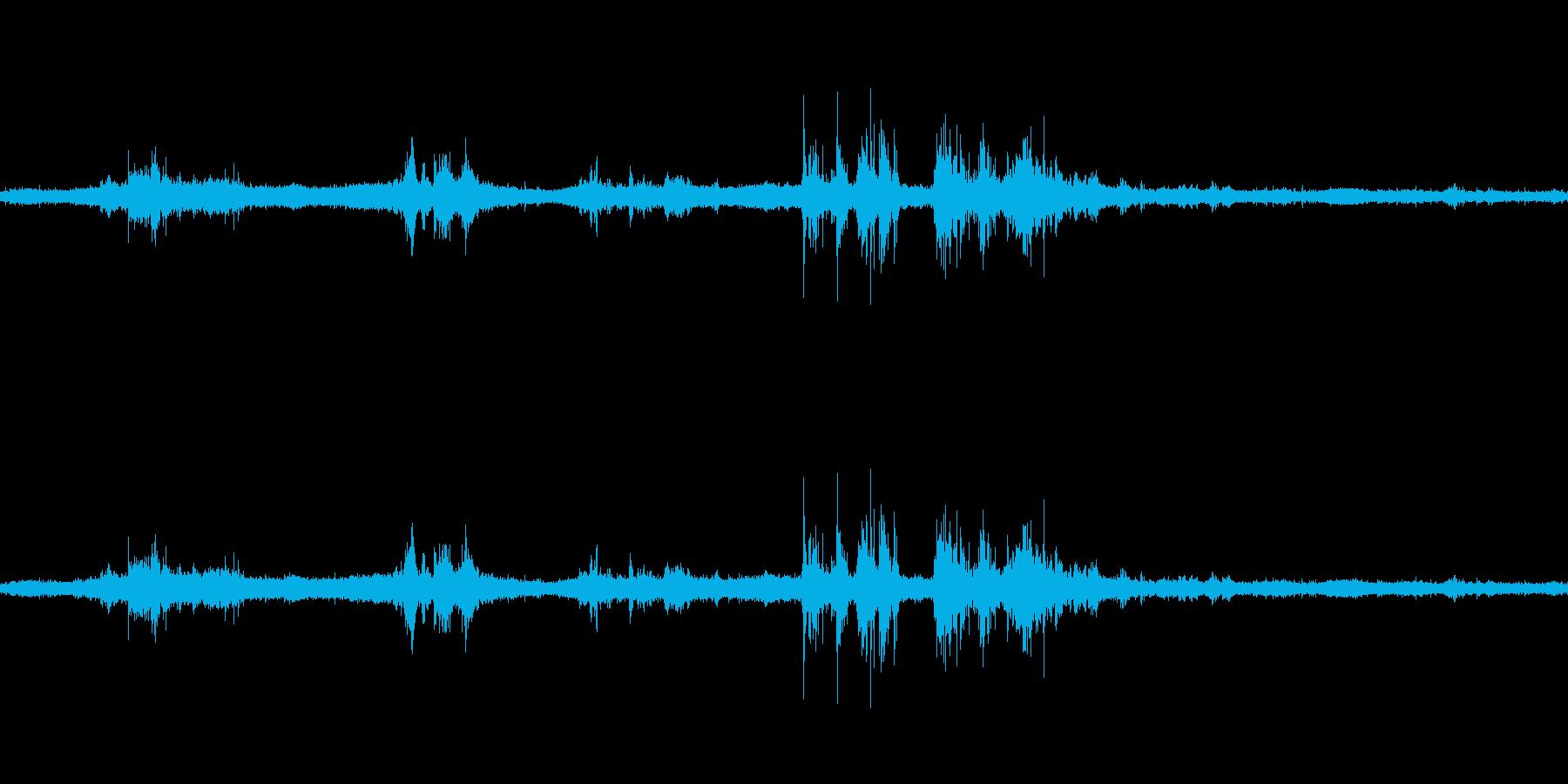 【生音】雷雨6 - 雨と雷と通行音 「…の再生済みの波形