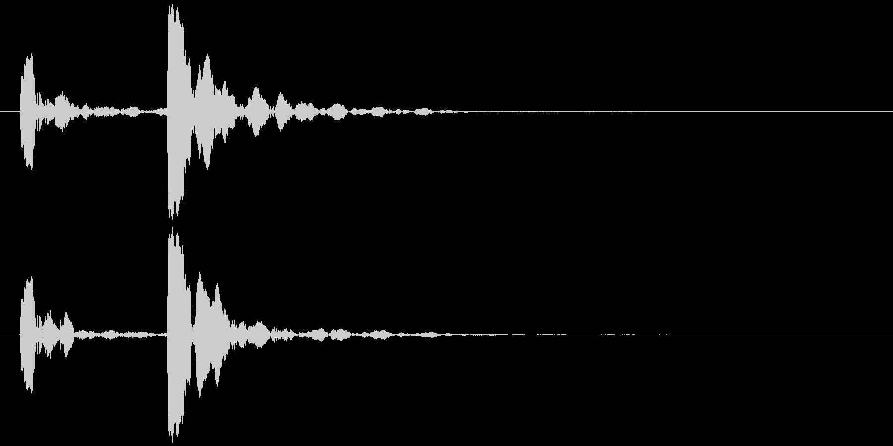 水滴 一滴 ピチョン(鋭い)の未再生の波形