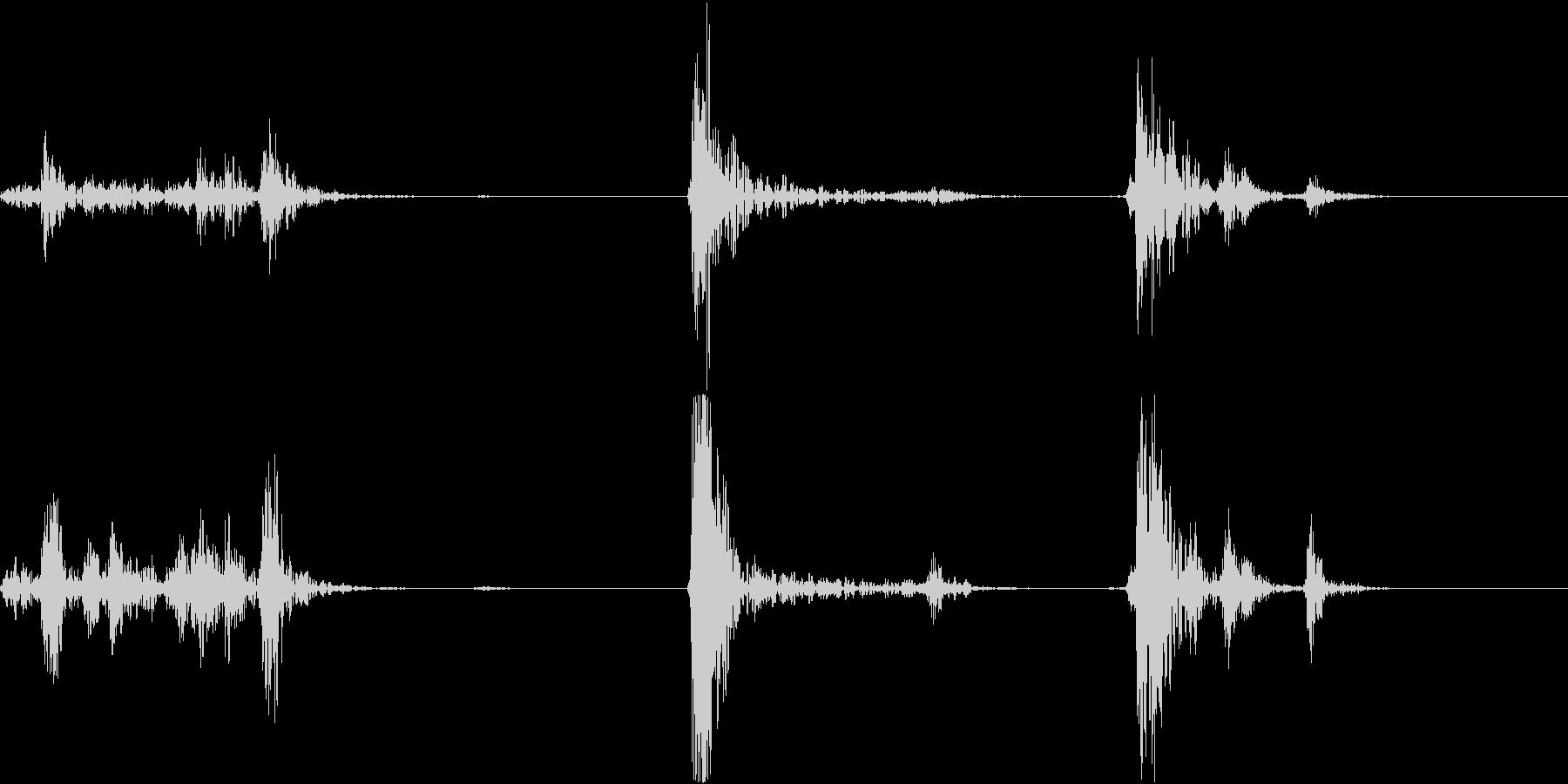 ガチャドア開閉音の未再生の波形